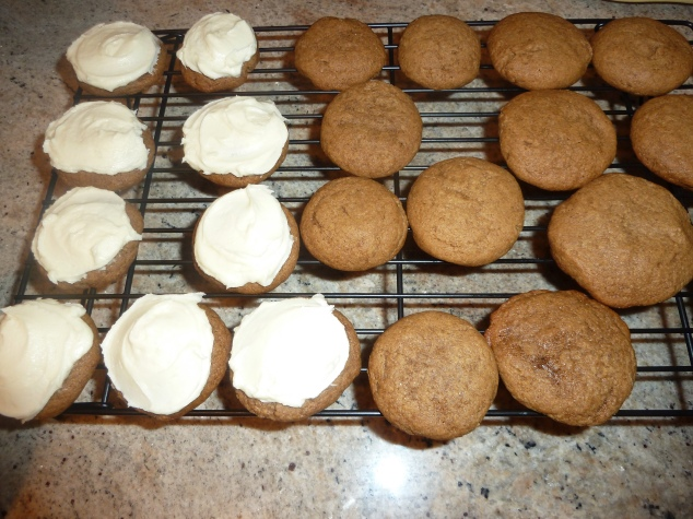 Soft Gingersnaps with White Chocolate Cream Cheese Frosting | Sand and ...
