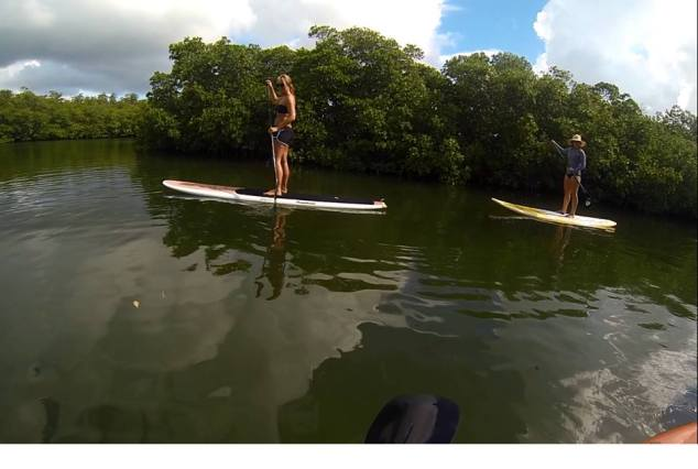 Elissa and Emily paddleboarding