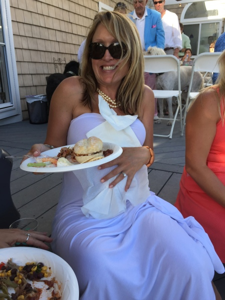 dont get bbq on the white dress